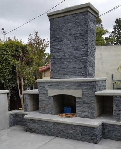 Natural-Stone-Veneer-Faced-Fireplace